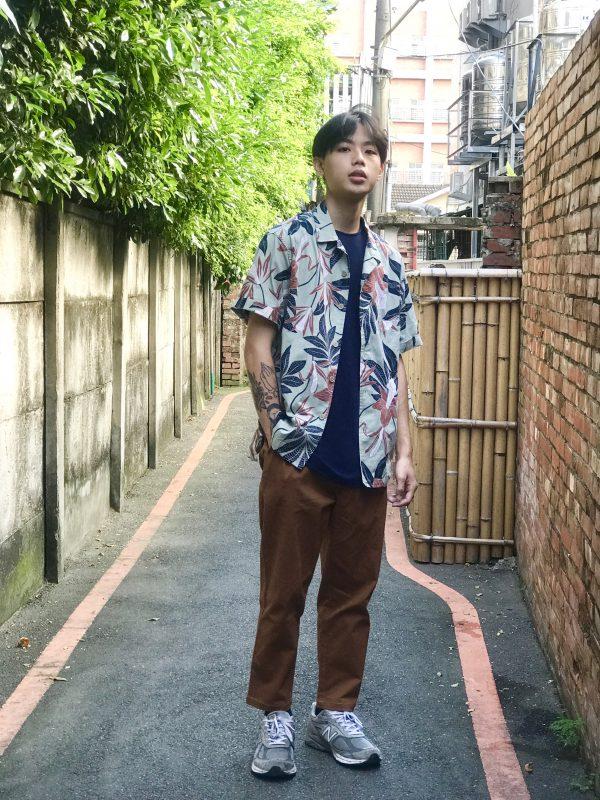 19SS - 清新灰綠樹葉襯衫