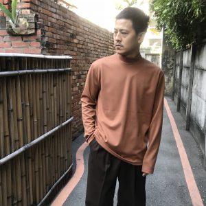 19AW-微高領棉質上衣